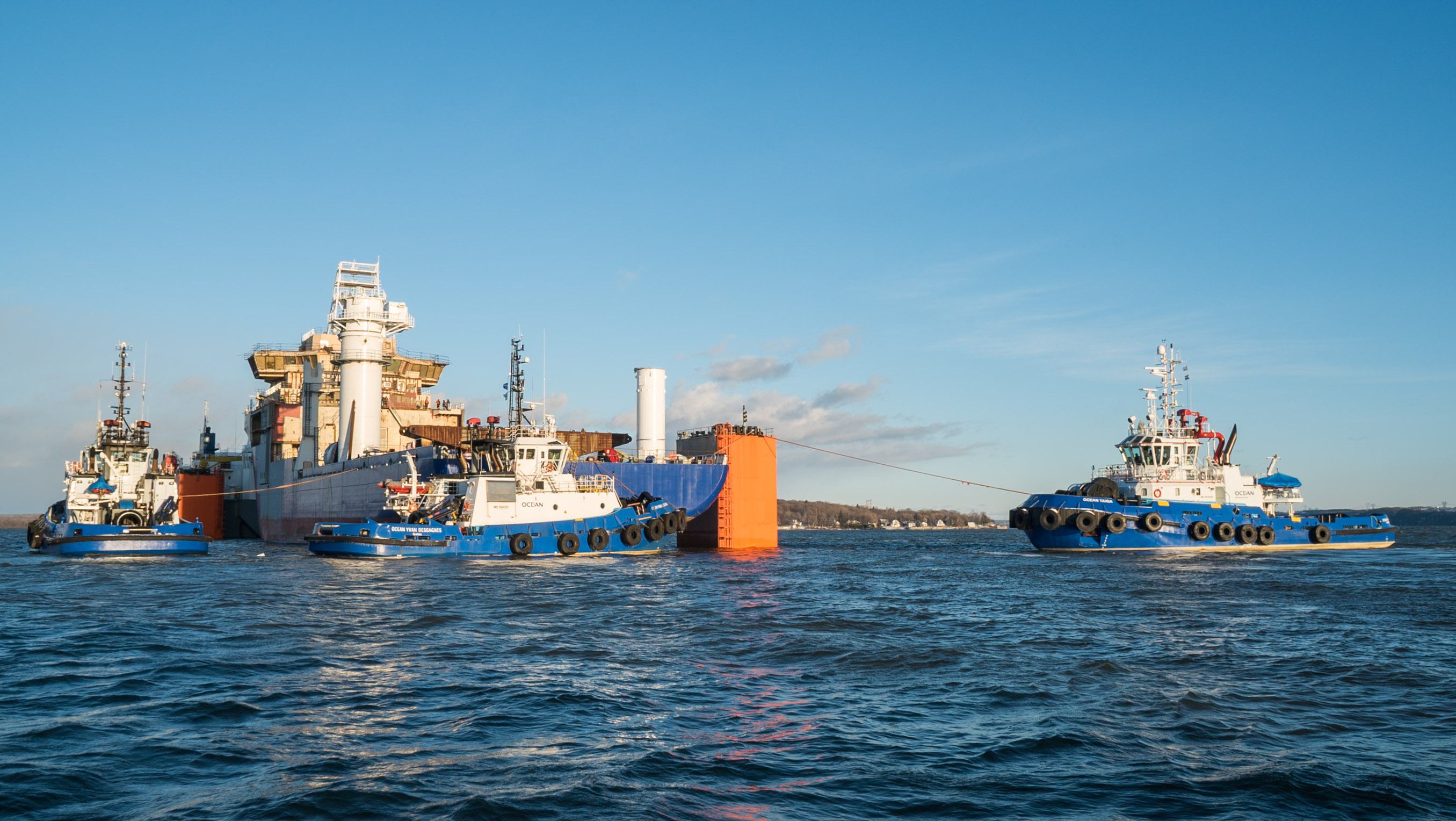 Ocean completes a complex maritime operation on the St. Lawrence