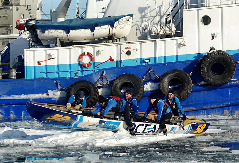 Ocean sponsor of the Carnaval de Québec canoe race