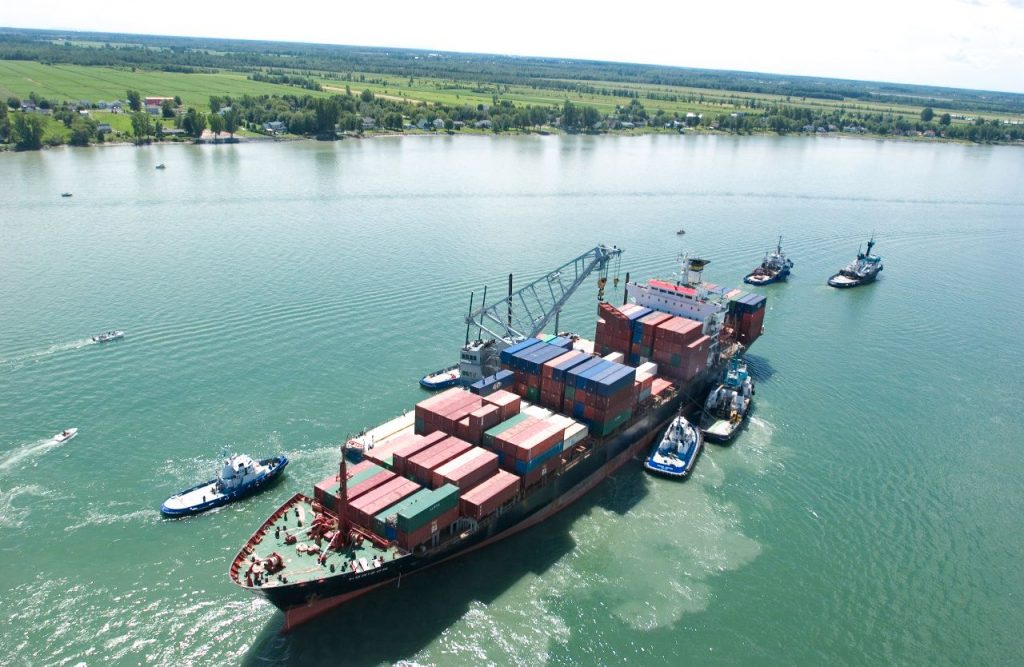 Sauvetage_Remorquage_maritime_Bateau_remorqueur-compressor