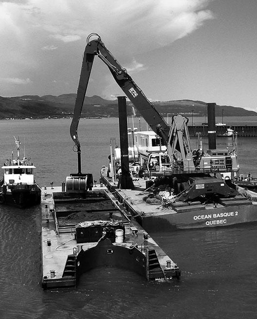 Location de barges et bateaux de travail